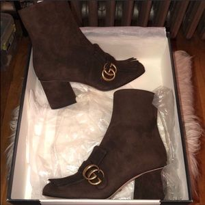 Gucci NEVER WORN 7.5 Marmont Brown Suede Boots